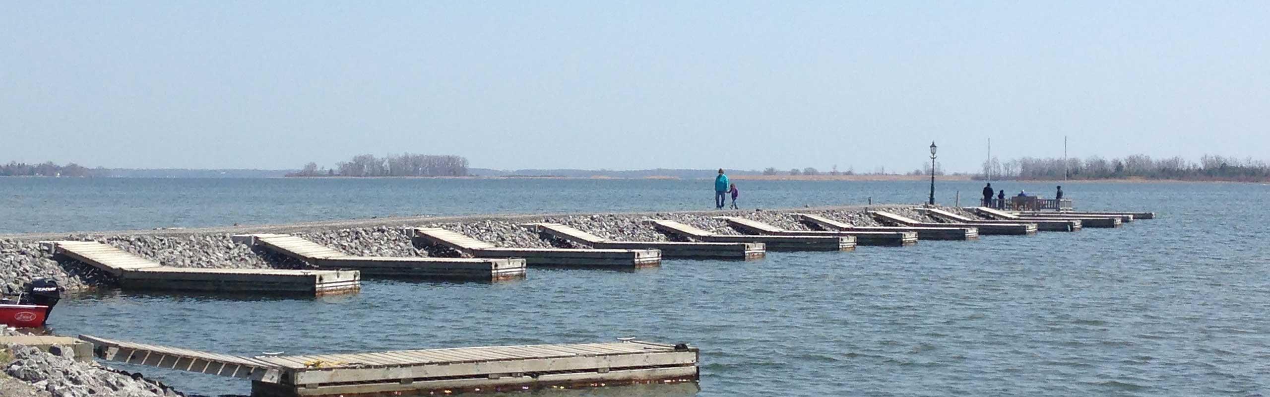 Boat-Pier-crop.jpg